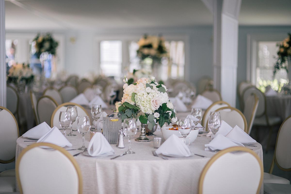 Premier maryland waterfront venue for weddings receptions events treat yourself your family and your guests to a beautiful waterfront wedding experience at kurtzs beach junglespirit